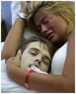 Anna Nicole Smith with son, Daniel who is dead in hosptial room