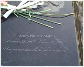 Anna Nicole Smith's grave site