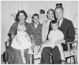 Betty and Gerald Ford with their 4 children