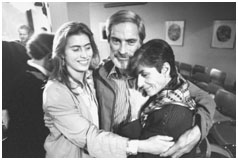 Bob Simon with his wife and daughter