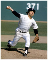 Catfish Hunter pitching for the Yankees