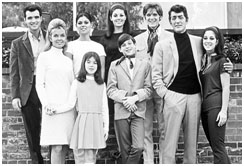 Dean Martin with his family