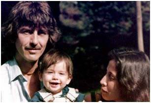 George Harrison With Wife Olivia Trinidade And Son Dhani