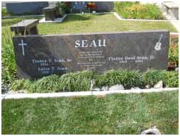 Junior Seau's grave