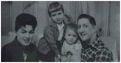 Patsy Cline with husband and kids