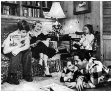 Perry Como with his wife and kids