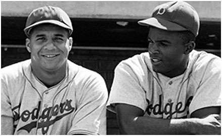 Roy Campanella with jackie Robinson