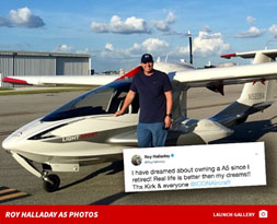 Roy Halladay and his plane