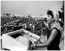 Ruby Dee giving a civil rights speech