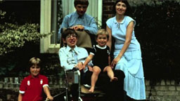 Stephen Hawking with his wife and 3 children