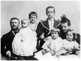 Theodore Roosevelt with his wife and 5 children