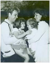 Vic Morrow with wife and two daughters
